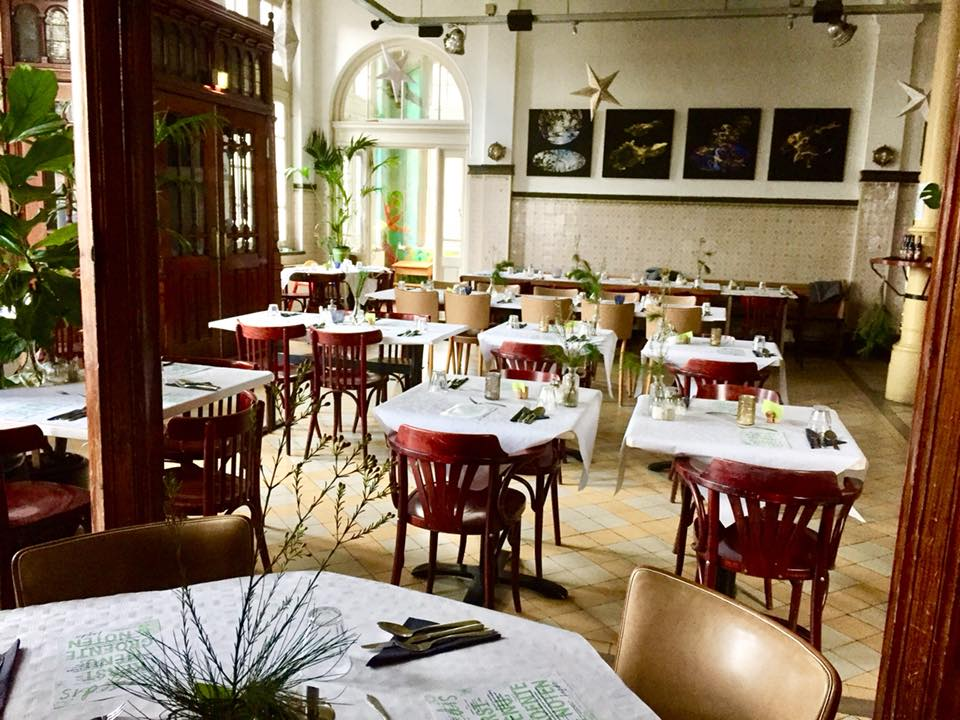 Restaurant Hagedis Diner Binnen Deur